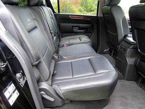英菲尼迪08款qx56后排座椅高清图片